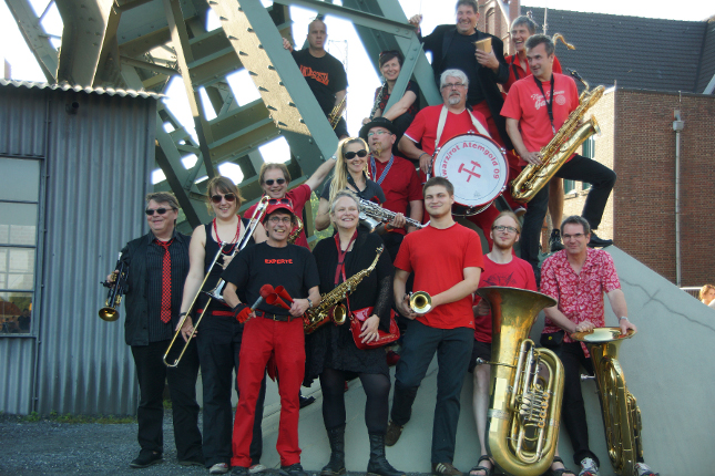 Konzert: schwarz/rot Atemgold 09 | die Dorfkapelle des Ruhrgebiets