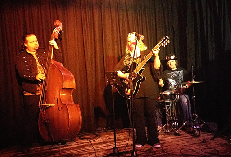 Bühnenfoto Jaana Redflower