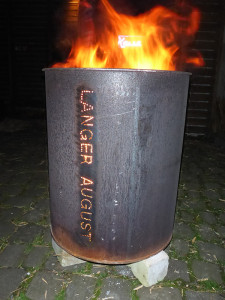 LA-Feuertonne